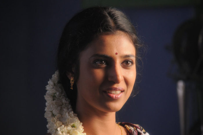 Actress-Kasthuri
