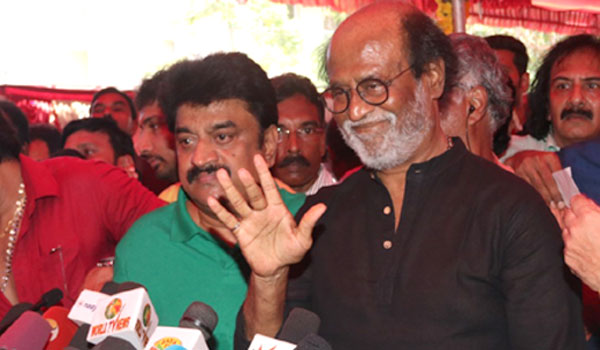 Rajini-Fans-Meeting-Politics