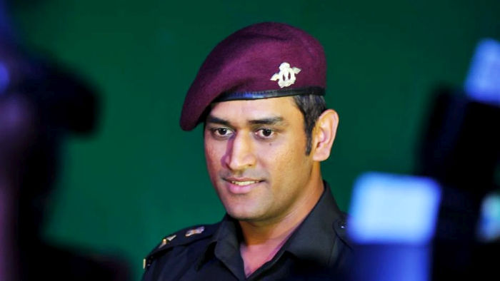 dhoni-army-new